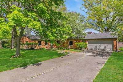 Iowa City Single Family Home For Sale: 300 Koser Avenue