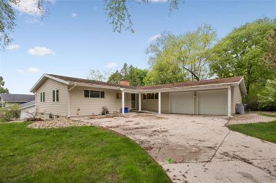 Cedar Rapids Single Family Home For Sale: 4411 Pepperwood Hill SE