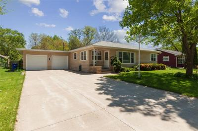 Cedar Rapids Single Family Home For Sale: 3709 Eastern Avenue NE