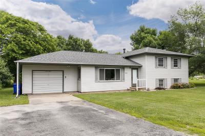Cedar Rapids IA Single Family Home For Sale: $200,000