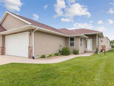 Cedar Rapids Condo/Townhouse For Sale: 3234 Blackberry Circle SW