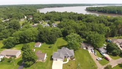 Solon Single Family Home For Sale: 3291 Coral Avenue NE