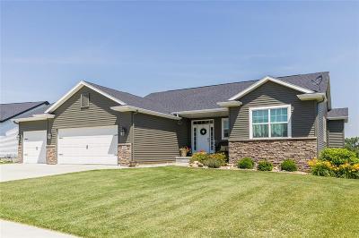 Single Family Home For Sale: 1820 Huntsboro Lane SW