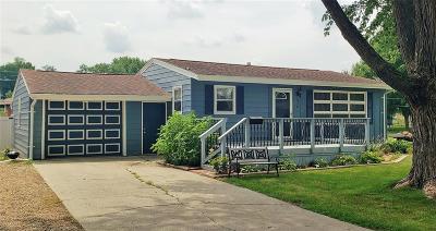 Vinton Single Family Home For Sale: 916 E 3rd Street