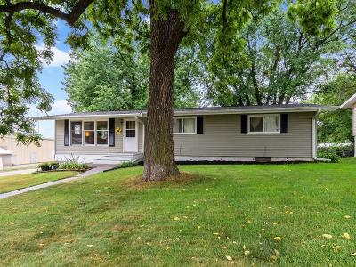 Belle Plaine Single Family Home For Sale: 1502 Sunset Drive