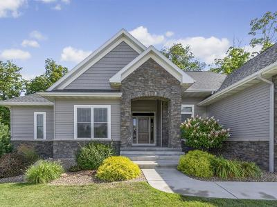 Cedar Rapids Single Family Home For Sale: 6906 Cottage Ridge Court NE