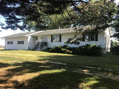 Marion Single Family Home For Sale: 3937 Alburnett Road