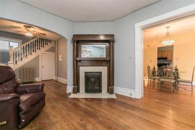 Manchester Single Family Home For Sale: 716 E Main Street