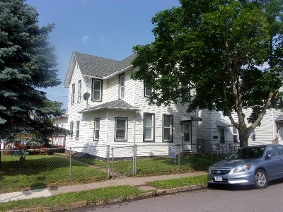 Dubuque Single Family Home For Sale: 2301 Queen Street