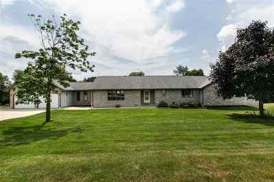 Dubuque Single Family Home For Sale: 13138 Terrell Ridge Road