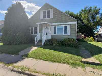 Single Family Home For Sale: 1989 N Grandview Avenue
