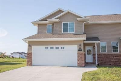 Dubuque Single Family Home For Sale: 6355 Pawnee Lane