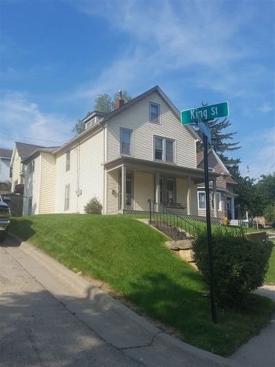 Dubuque Single Family Home For Sale: 2619 Broadway Street