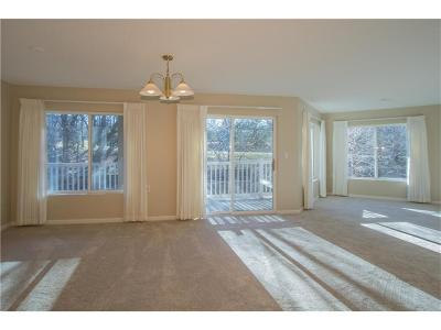 Urbandale Condo/Townhouse For Sale: 2727 82nd Place #211