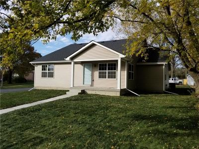 Altoona Single Family Home For Sale: 107 7th Street SW