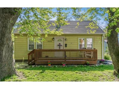 Single Family Home For Sale: 3839 E 8th Street