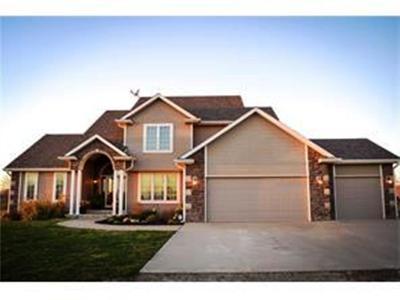 Norwalk Single Family Home For Sale: 3929 Eisenhower Street