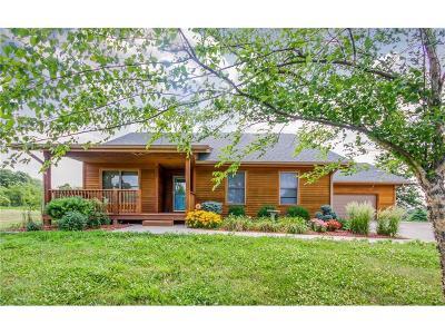 Norwalk Single Family Home For Sale: 6029 Hwy 28 Highway