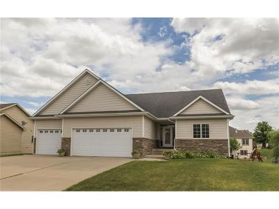 Urbandale Single Family Home For Sale: 14316 Clearview Lane