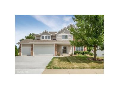 Urbandale Single Family Home For Sale: 14327 Oak Brook Drive