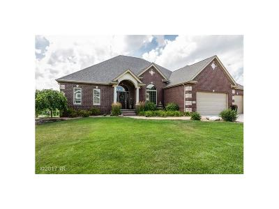 Urbandale Single Family Home For Sale: 4806 150th Street