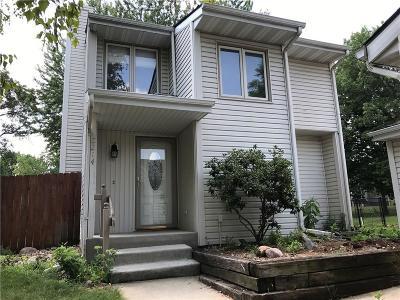 Urbandale Single Family Home For Sale: 8214 Greenbelt Drive