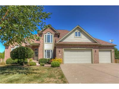 Urbandale Single Family Home For Sale: 3918 154th Court