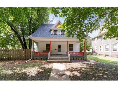 Single Family Home For Sale: 711 Kellogg Avenue