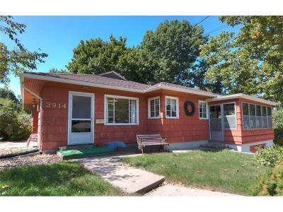 Urbandale Single Family Home For Sale: 3914 66th Street