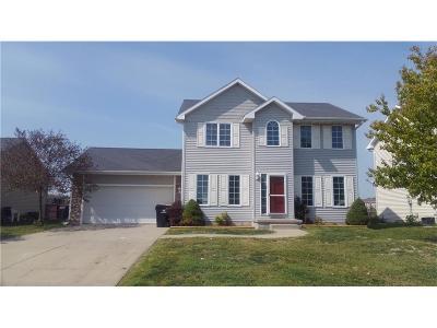 Waukee Single Family Home For Sale: 560 Westgate Drive