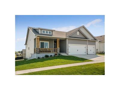 Altoona Single Family Home For Sale: 1403 Tuscany Drive SE