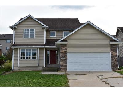 Norwalk Single Family Home For Sale: 1326 Parkhill Drive
