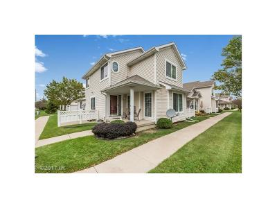 Waukee Condo/Townhouse For Sale: 15 SE Melrose Drive