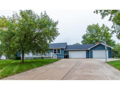 Waukee Single Family Home For Sale: 635 7th Street