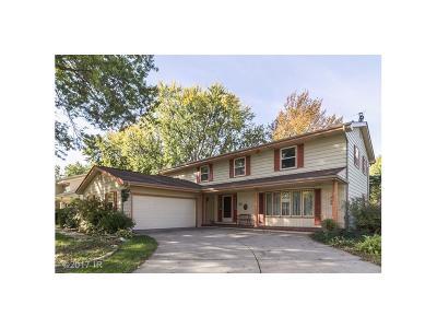 Urbandale Single Family Home For Sale: 3208 Melanie Drive