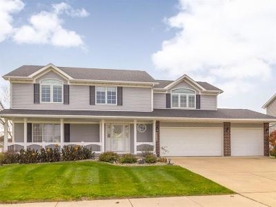 Urbandale Single Family Home For Sale: 14306 Brookshire Drive