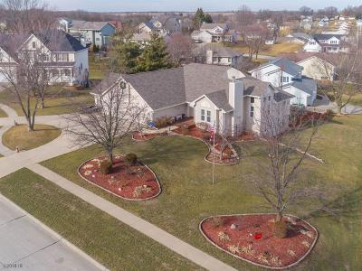 Indianola Single Family Home For Sale: 100 Apple Circle