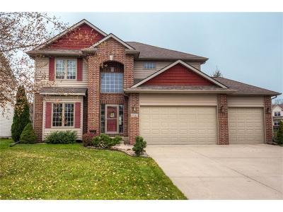 West Des Moines Single Family Home For Sale: 8560 Century Drive