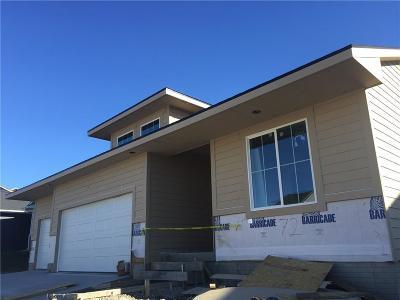 Waukee Single Family Home For Sale: 72 SE Pembrooke Lane