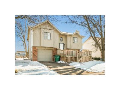 Altoona Single Family Home For Sale: 933 9th Avenue NW