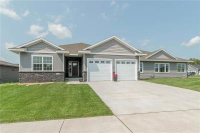 Story County Condo/Townhouse For Sale: 5721 Quarry Drive