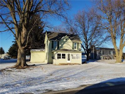 Bondurant Single Family Home For Sale: 502 2nd Street SE