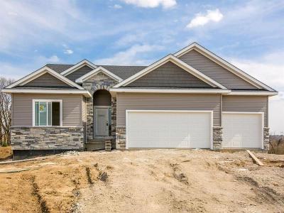 Norwalk Single Family Home For Sale: 704 Tupelo Court
