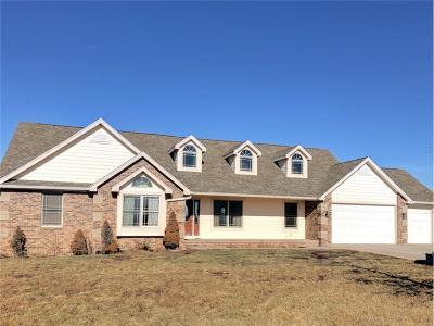 Single Family Home Pending: 3243 G50 Highway
