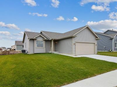 Bondurant Single Family Home For Sale: 816 37th Street SW