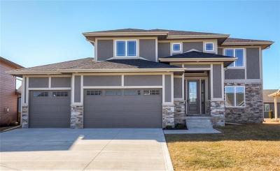 Waukee Single Family Home For Sale: 760 NE Traverse Drive