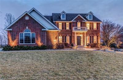 Urbandale Single Family Home For Sale: 12812 Timberline Drive