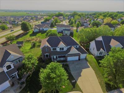 Johnston Single Family Home For Sale: 7038 Hillcrest Court