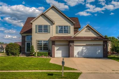 Urbandale Single Family Home For Sale: 13300 Rocklyn Drive