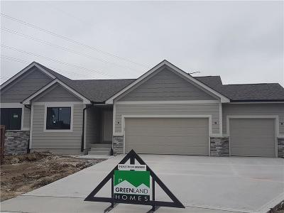 Urbandale Single Family Home For Sale: 5501 148th Circle